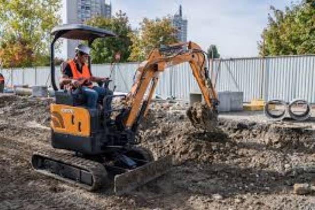 Where to find EXCAVATOR, MINI 2 TON CLASS in Colville