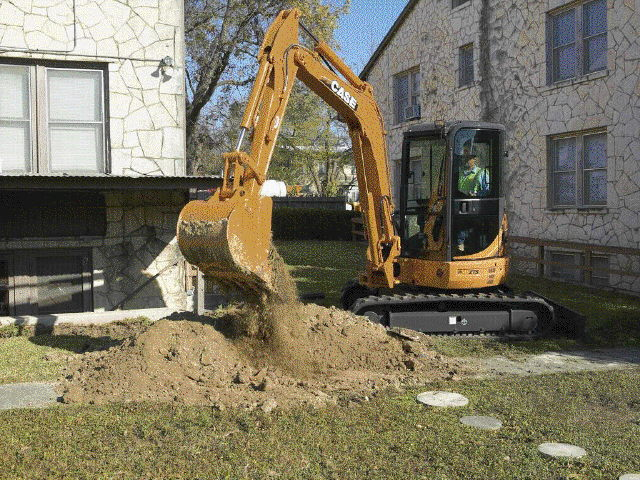 Where to find EXCAVATOR, RUBBER TRACK, 5-6.5 TON in Colville